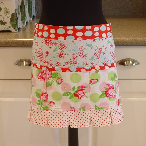 Craft Apron - Vendor Apron - Utility Apron  in falling roses in pink