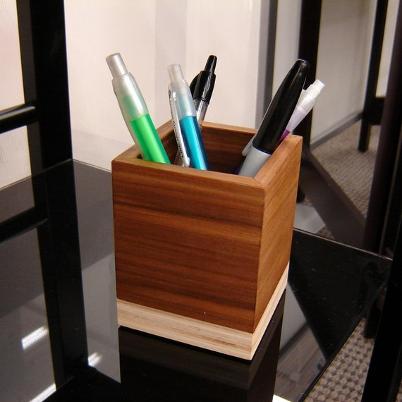 modern pencil cup from reclaimed wood and by andrewsreclaimed. Black Bedroom Furniture Sets. Home Design Ideas
