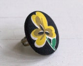 Retro Pansy- Chubby Button Ring