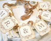 Wedding Garland Banner Mr & Mrs - Petite Vintage Style - Wedding