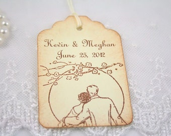 Personalized Wedding Tags / Favor Tags - Name and Date - Romantic Couple