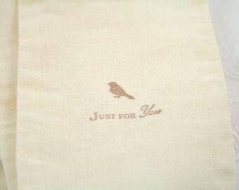 Muslin Favor Bags / Drawstring Gift Bags Bird Silhouette SET OF 10