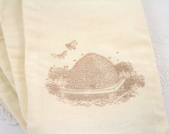Muslin Favor Bags / Drawstring Gift Bags - Stamped Vintage Bee Hive - Wedding / Birthday / Baby Shower 4x6 OR 5x7
