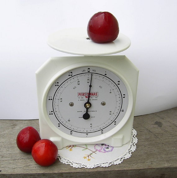 Persinware Vintage Kitchen Scales