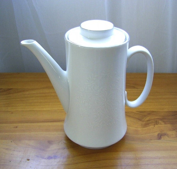 Australian Westminster Coffee Pot With White Embossing