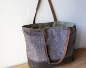 2-Tone Tote in Wool Tweed and Waxed Canvas, with Adjustable Leather Straps