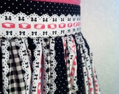 Cute as can be drindl skirt