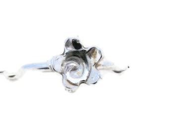 Flower stacking ring