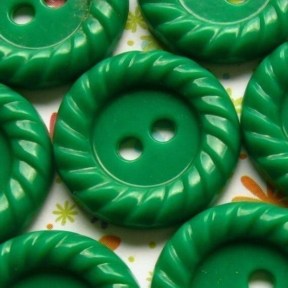 Vintage Buttons - Set of 10 Green Plastic With Detailed Edges