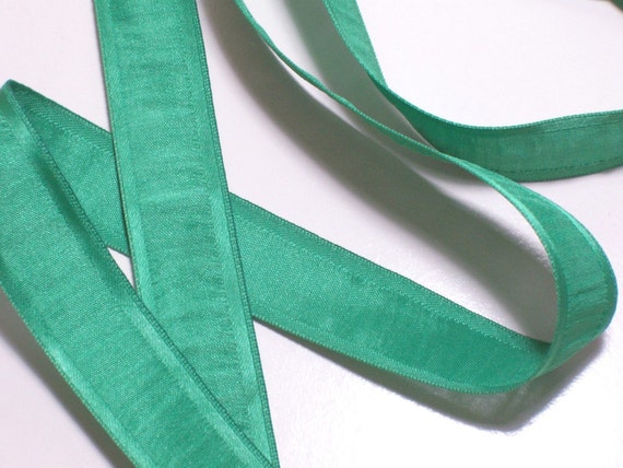 Green Ribbon, Offray Green Mambo Satin Edge Polyester Ribbon 7/8 inch wide x 12 yards, Ruched Ribbon, 50% Off Sale
