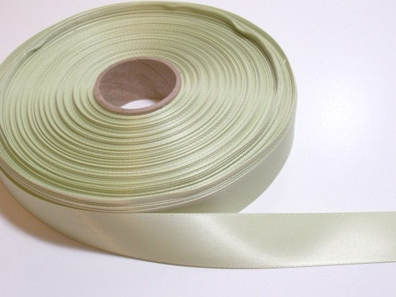 Leaf Green Double-Faced Satin Ribbon 7/8 inch wide x 22 yards, Green Ribbon