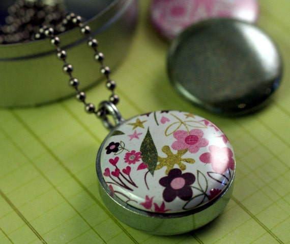 MINI PINK GARDEN Recycled Magnetic LOCKET SET By Polarity
