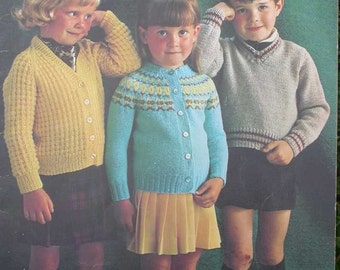 Vintage Patons Beehive Childrens Sweater Pattern Book