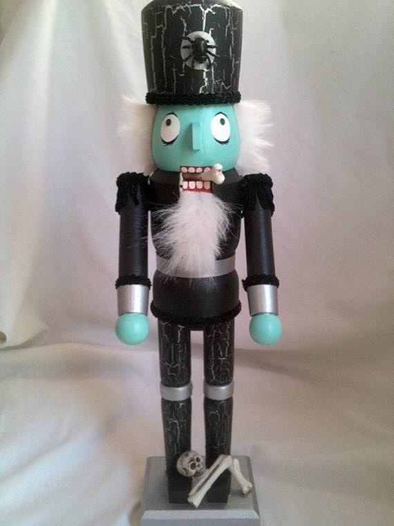 Evil Walking Dead Zombie Nutcracker Bonecracker Nightmare