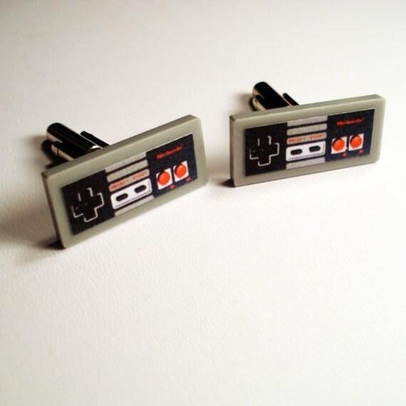Nintendo Controller silver cuff links in FREE box