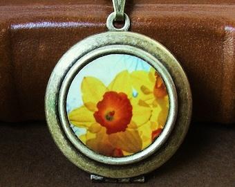 SALE - Photo locket photo pendant art locket Daffodil Photo Art Locket photo locket Necklace yellow orange spring flowers bomobob