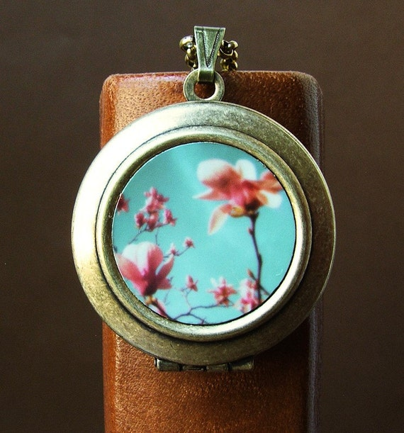 Photo locket Photo art locket honeysuckle pink magnolias spring a magical pendant of art you can wear Necklace bomobob Luminance