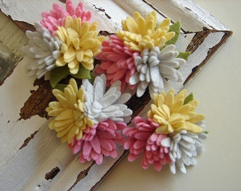 Wool Felt Flowers - Mini Daisy Trio - Pink Lemonade Collection - Set of 4 with Leaves