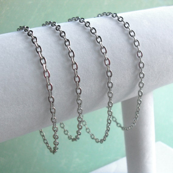 """One 6""""- 8"""" inch Chain Bracelet .. Flat Oval Cable Chain .. Silver Links with Magnetic or Lobster Clasp .. Copper and Gold plate available"""