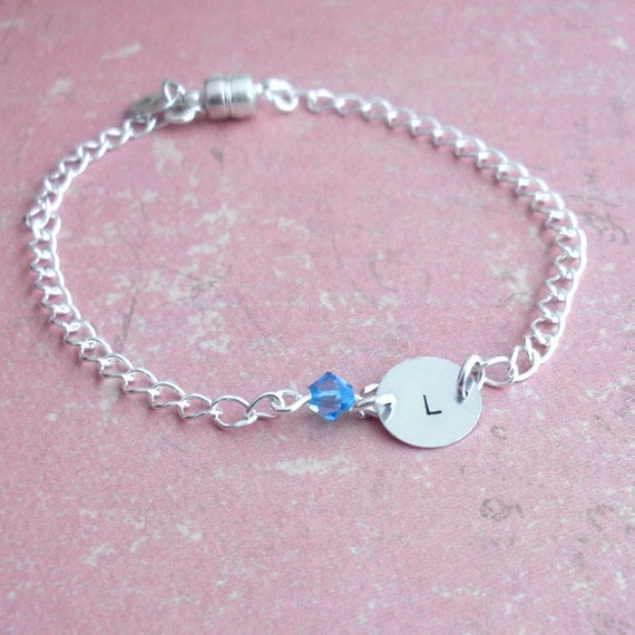 Petite Sterling Silver Charm Bracelet . Tiny Cream Pearl or Crystal option . Bright Silver Chain . Custom Stamped Initial . Personalize Gift