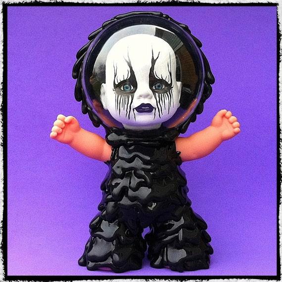 Creepy BlackMetal Baby...   Melt Monster vinyl toy...
