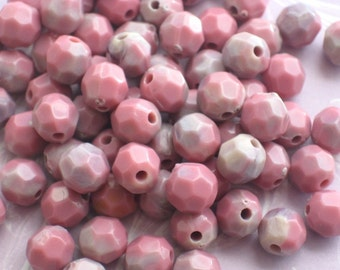 SALE! - Round Faceted 6mm Lucite Beads -was 20 now 50 BEADS!