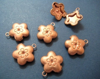 Vintage Copper Flower Lockets -8
