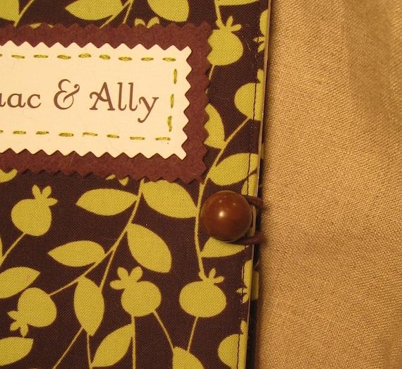 personalized leafy brag book