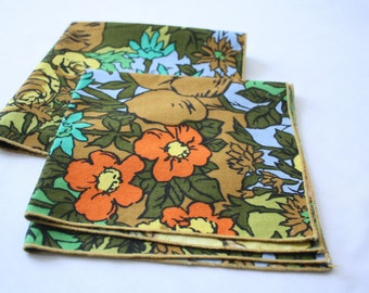 Bright Flowers Cloth Napkins - Set of 2 - Retro - Brown - Yellow - Blue - Green