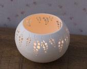 Reserved to andrea2 Porcelain Tea light Delight N.6. Design by Wapa Studio.