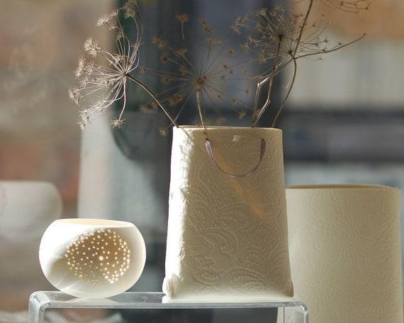 Porcelain textured bag (medium container). Designed by Wapa Studio.