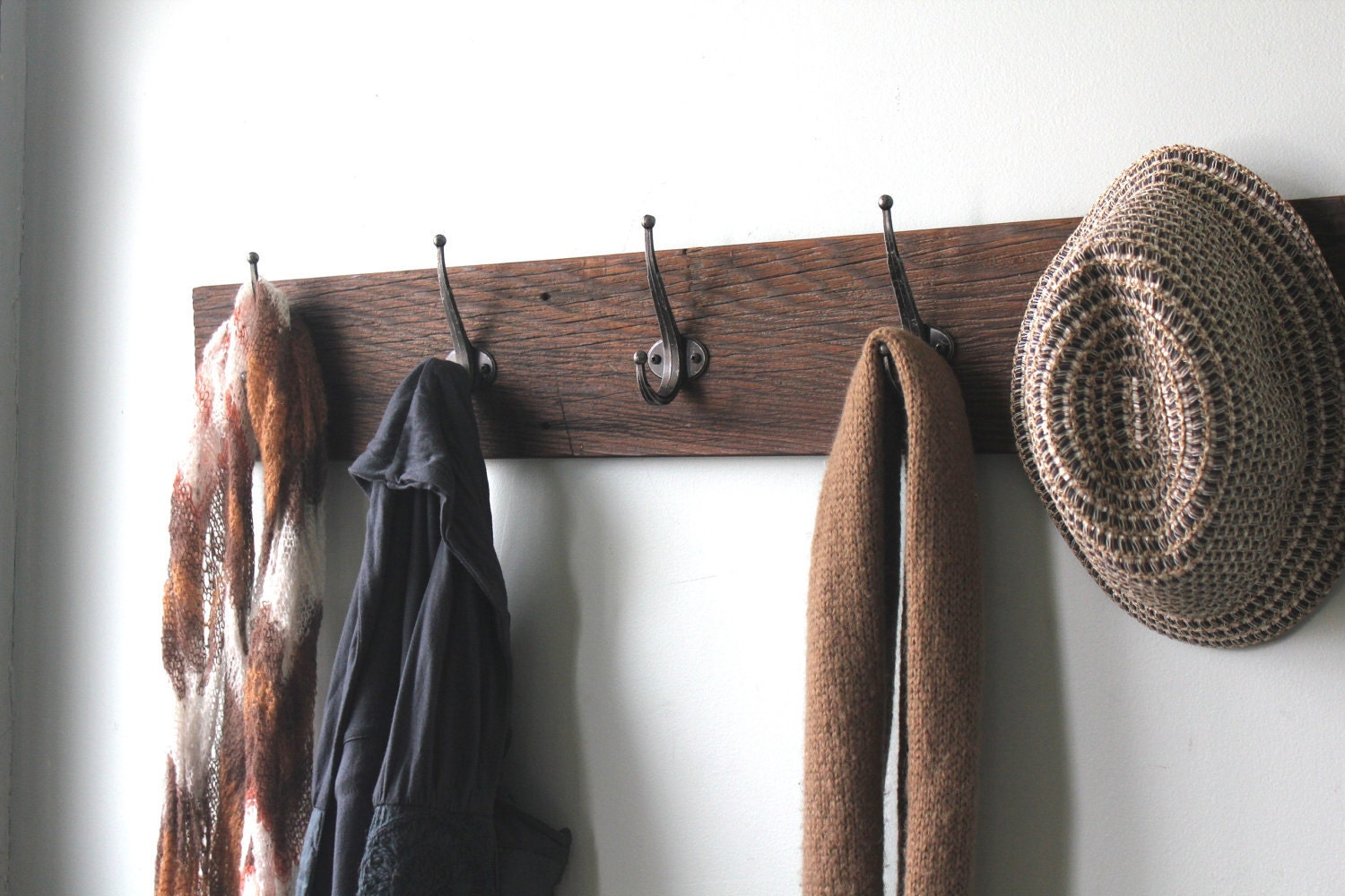 Reclaimed Barn Wood Coat Rack By Bluebirdheaven On Etsy. Full resolution‎  snapshot, nominally Width 1500 Height 1000 pixels, snapshot with #855D46.
