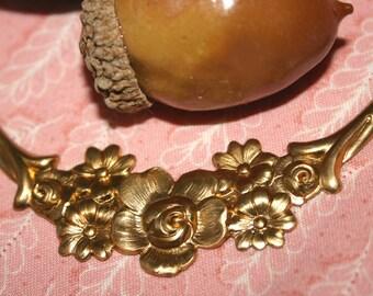Vintage Brass Stamping, Flower Swag