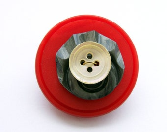Funky button pin number 13