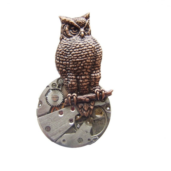 Steampunk owl brooch, she hunted by the light of the clockwork moon