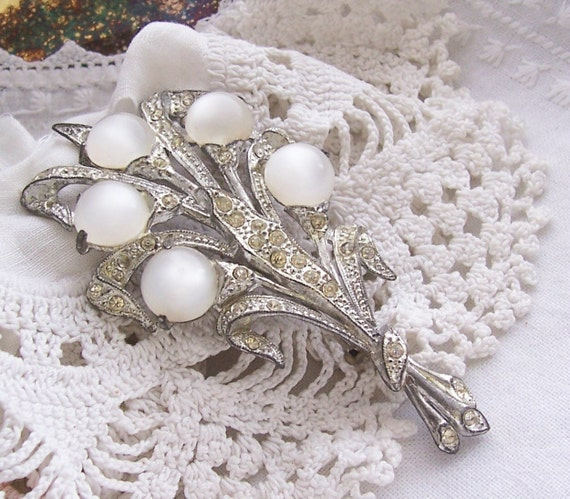 Large Vintage Brooch - Art Deco Rhinestone and Pot Metal White Moonglow Thermoset