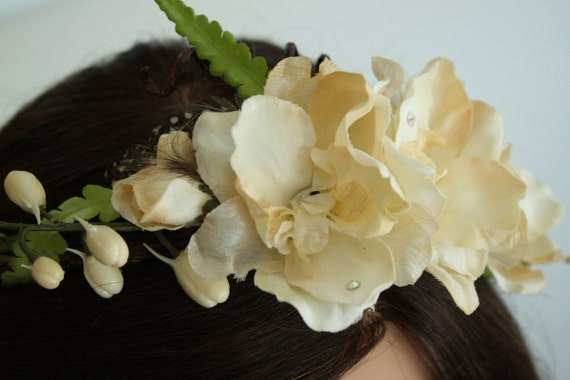WOODSY.  ivory flowers and ferns vine crown