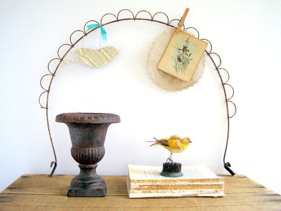 Vintage Wire Photo Holder / Antique Topiary  Repurpose / French Country Home