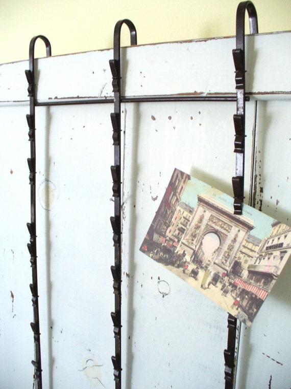 Vintage metal clip display rack christmas card holder