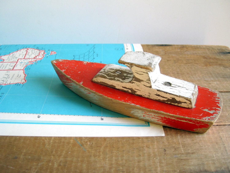 Vintage Toy Boat 83