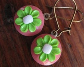 "Vintage Button ""Gerbera Blooms"" Dangle Earrings in Pink, Green and White"