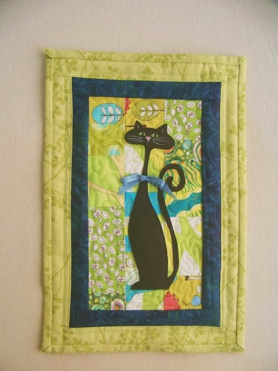 Black Cat - Quilted Wall Hanging - Art Quilt