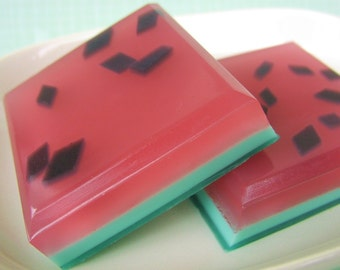 SOAP. Watermelon. Handmade Natural Bar Soap. WATERMELON RIND Soap, Fruit, Bath and Beauty Gifts, Gift for Her, For Mom, Sister, Aunt, Juicy