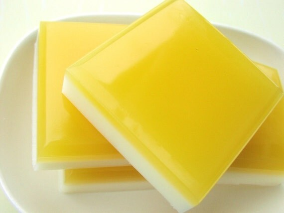Women Gift. LEMON SQUARES Bar Soap. tart lemons with hint of pie. Gift for Her, kitchen, dessert, Hostess party favors, Gift for the Cook