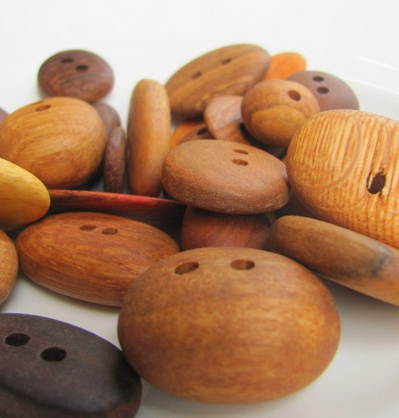 Australian Recycled Timber Wood Buttons x 5
