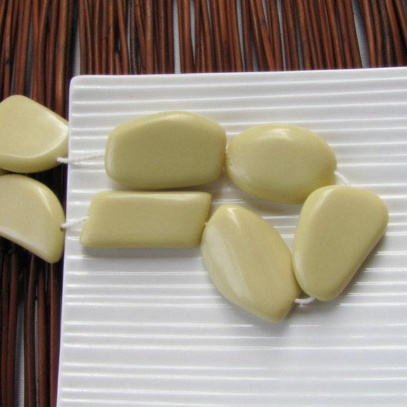Cream Resin Free Form Beads x 5