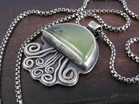 Man O' War Jellyfish Pendant prehnite sterling silver