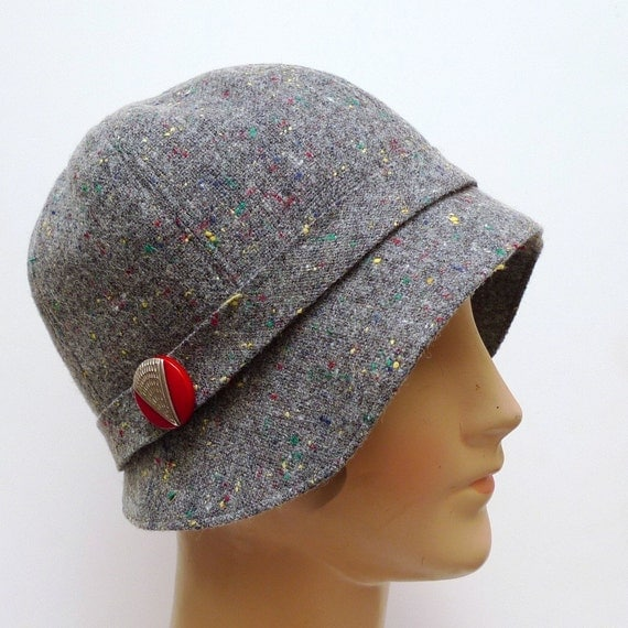 1920s Cloche in Vintage Gray Flecked Wool with Vintage Art Deco Button - Made to Order in Your Size