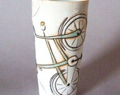Tall porcelain  beverage cup with translucent bottom