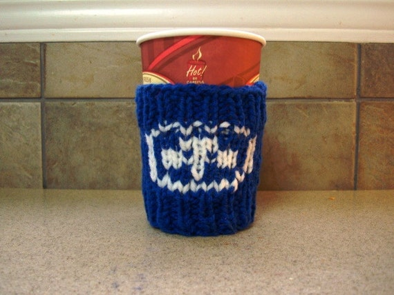 TREFOIL Knitted Cup Cozy - Coffee Sleeve - Take-Out Sweater - Great Girl Guide Gift Idea